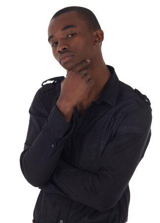 gezichts uitdrukkingen: Young Adult zwarte Afrikaanse ondernemer een donker pak smart casual zonder een jas dragen op een witte achtergrond in verschillende poses met verschillende gezichtsuitdrukkingen. Een deel van een serie, niet geïsoleerd.