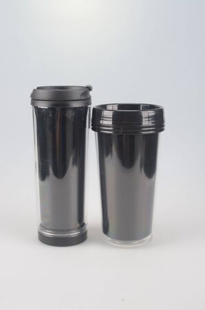 insulated drink container: Tazas de pl?stico