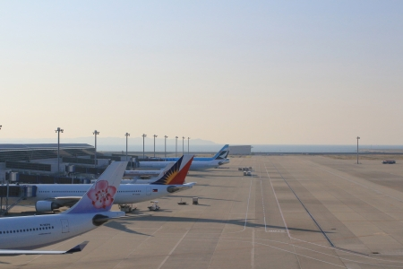 faa: Parked aircraft on shanghai airport