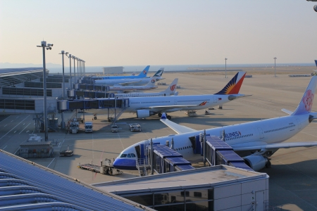 Passenger planes at the airport  新聞圖片