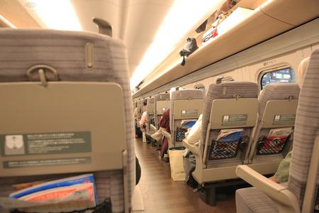 子彈頭列車內的座椅