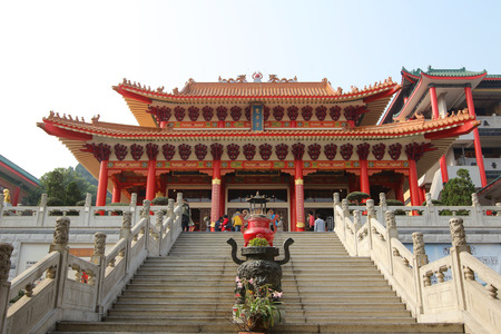 ling: Fan Ling temple Editorial