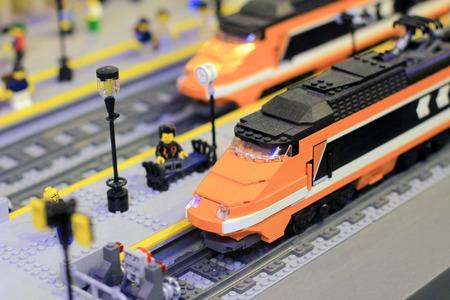 Lego Stadt Zug Standard-Bild - 31609443