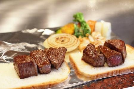 鉄板焼神戸ビーフ