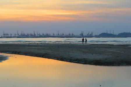 yat sen: Ha pak nai beach, yuen long