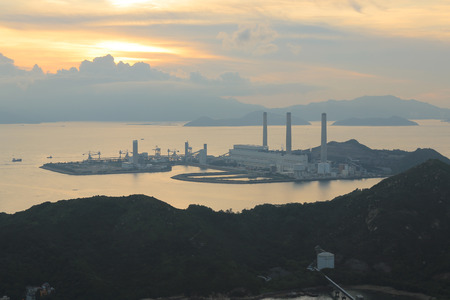 ling: the view of Lamma from  Ling Kok Shan Editorial
