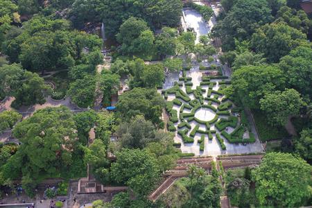 kowloon: ornamental garden Kowloon Park at TST