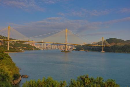 schlagbaum: die Ting Kau und Tsing Ma Hängebrücke in Hong Kong Lizenzfreie Bilder
