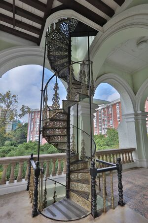 rise to the top: the main entrance stairs of university hall of hku Editorial