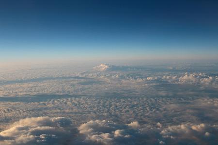 atmosfera: la atm�sfera - cielo y nubes de fondo