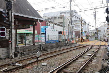 railway history: Enoshima Electric Railway, has 100 years of history, Editorial