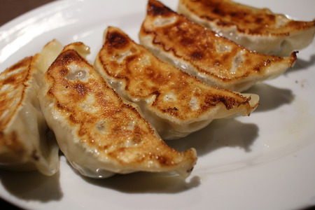 easy way: a hungry eat gyoza is easy way yammy