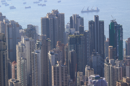 clase media: edificio residencial de clase media en Hong Kong Foto de archivo