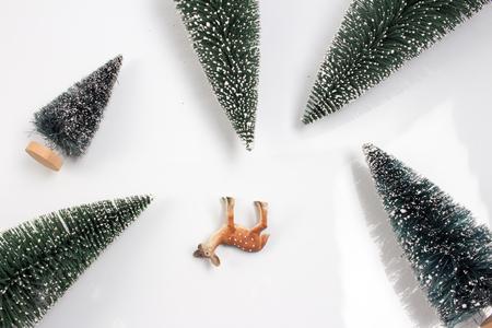 embellish: the christmas embellish with deer and tree