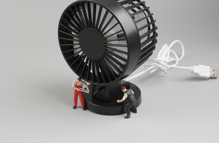 the tiny engineers repairing circuit  the fan