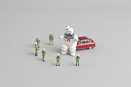 the group of figure SWAT team face on ghostbuster