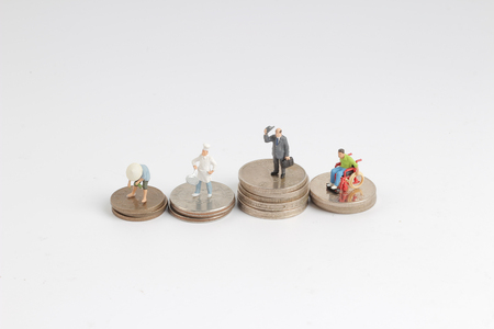 the differnet class of figure with the coins