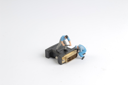vga: the Little workers are repairing the vga head