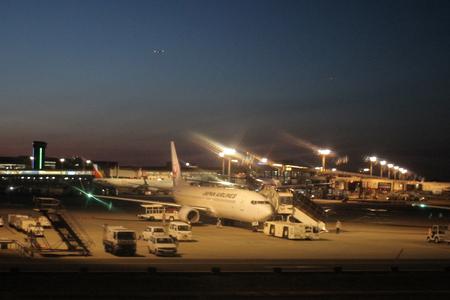 night at nrt airport at 2016