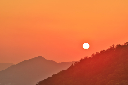 a Beautiful golden sunrise at Beacon Hill hk 版權商用圖片