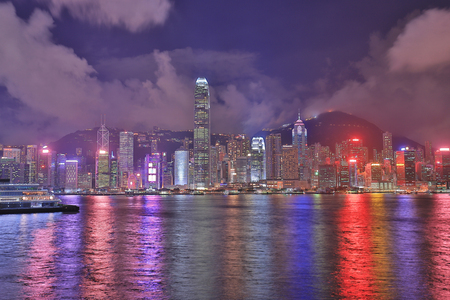 View of Hong Kong skyline shortly after sunset. 版權商用圖片