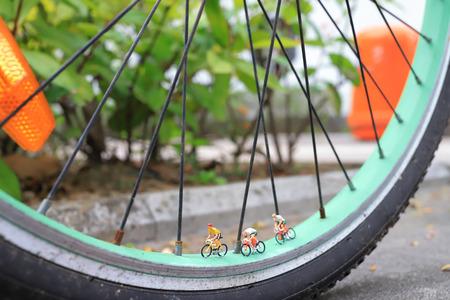 the mini of figure ride the bike on bike