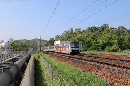 Hong Kong, 12 may 2019:  the railway at Sheung Shu Zdjęcie Seryjne - 122445040