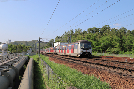 Hong kong,11 may 2019: the railway at Sheung Shu Publikacyjne