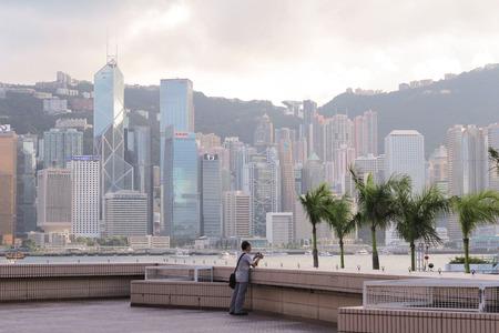 Tsim Sha Tsui. Hong Kong, China 4 july 2014 Foto de archivo - 124999390