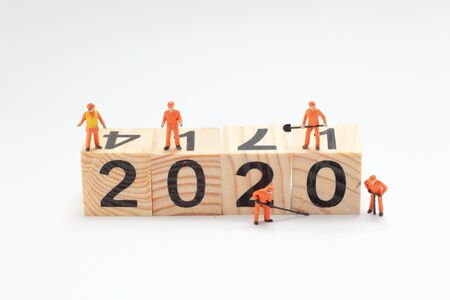 mini worker team painting number 2020 版權商用圖片