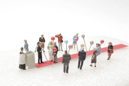 mini wedding figure, people attend to wedding ceremony Foto de archivo