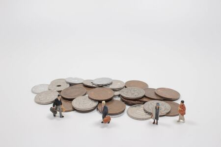 the fun of min figure man on pound yen