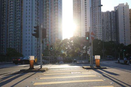 2 Jan 2021 Sun shining behind the apartment, Yau Tong Éditoriale