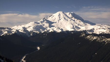 Mt. Rainier Panorama. A widescreen view of snow-covered Mount Rainier in the winter.