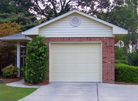 single  home garage in beautiful retirement community Stock Photo - 1536934
