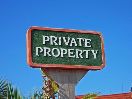 ordinance: private property sign posted on residential lot