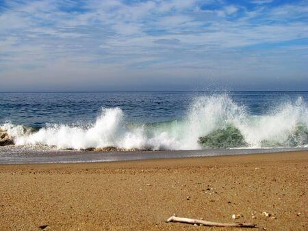 monterey: Crashing Ocean Waves