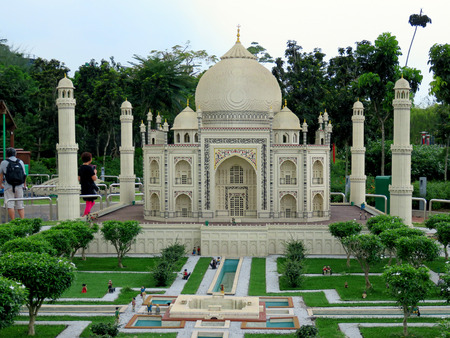 lock block: JOHOR MALAYSIA  - NOVEMBER 11:  The Taj Mahal was built by the Mughal emperor Shah jahan in memory of wife LEGOLAND MINILAND Malaysia Theme Park November 11, 2014  in Johor, Malaysia