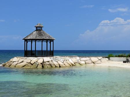 몬테 고 베이 자메이카에서 전망대의 아름 답 고 편안한 바다보기 스톡 콘텐츠