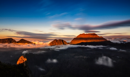 sunset on mountain reunion island Reklamní fotografie - 24566778