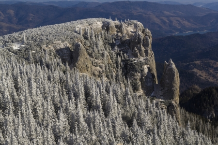 rocky mountain juniper: Winter mountain landscape of Ceahlau mountains in Romania Stock Photo