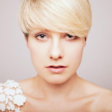 totaal mooie blonde jonge meisje zoekt sexy Stockfoto