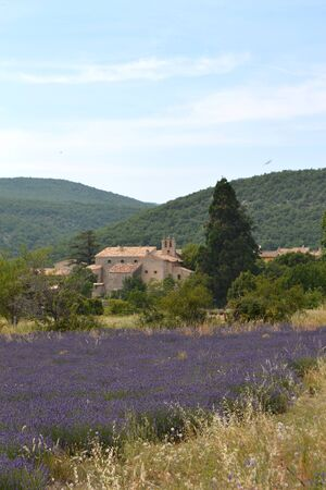 walk in the luberon, saint michel de l'Observatoire and Banon in France