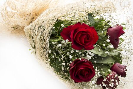 flyaway: Bouquet of red roses. Happy Valentines day