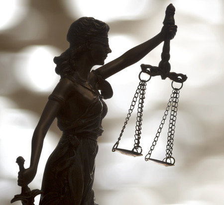 scale weight: Statue of justice
