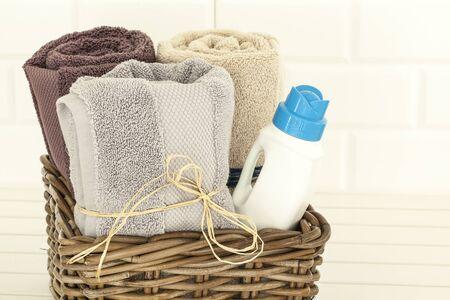 detersivi: Asciugamani e detersivo liquido