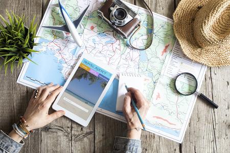 Reisplanningsconcept op kaart
