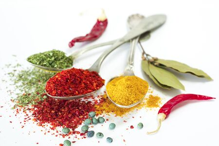 dafne: Spices and herbs on white background