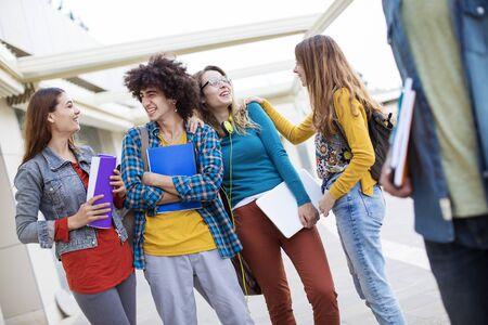 beginner: Teenagers friends friendship students concept