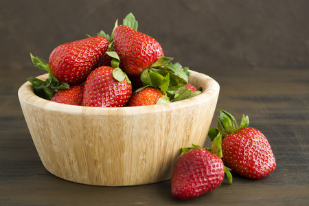 Strawberries. Fresh strawberries. Red strewberry. Strawberry Juice. Loosely put the strawberries in different positions. 스톡 콘텐츠
